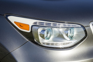 2016 Kia Soul EV headlights